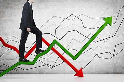 Déficit y deuda seguirán siendo el lunar financiero del país