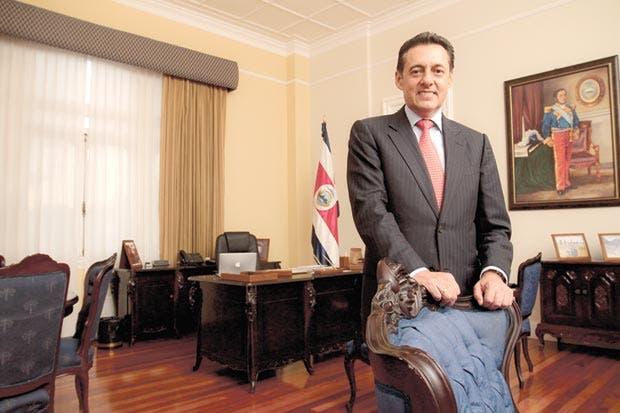 Antonio Álvarez se separa de Presidencia del Congreso