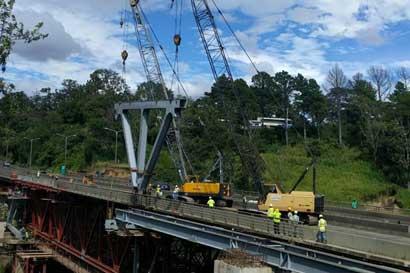 Camiones pesados podrán circular por puente Virilla con restricciones vigentes