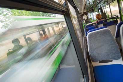 Aumento en tarifas de bus de Alajuela es poco transparente, según Defensoría