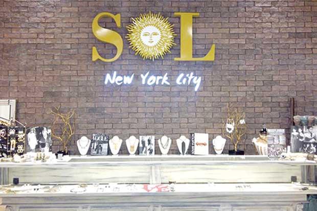 Tienda Sol New York dona el 25% de sus ventas de la línea Good Works Good People a causas sociales