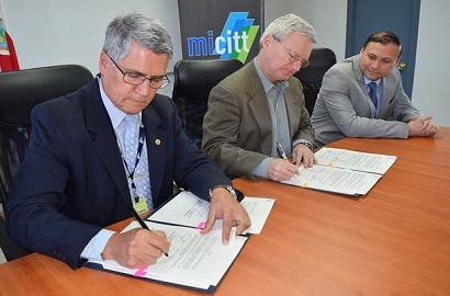MICITT y CONARE firmaron memorando con organización alemana