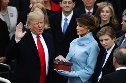 Trump retira a Estados Unidos del TPP y va por el Nafta