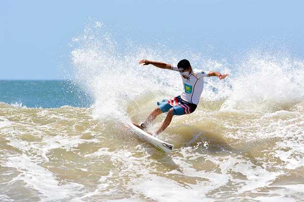 Mal oleaje perjudicó campeonato de surf