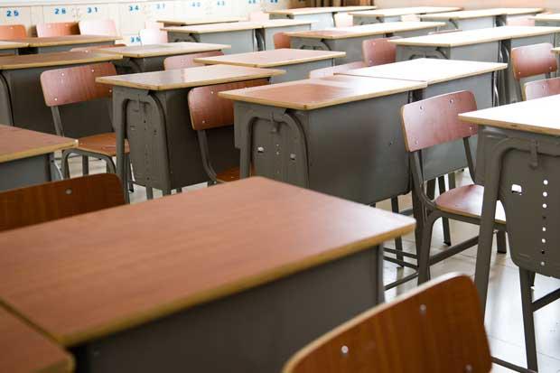 Atrasar inicio de clases sería una opción tras cierre de la platina