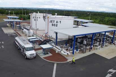 Consumo de combustible en aeropuerto de Liberia aumentó un 33%