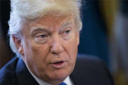 Trump anuncia contratación de 5 mil agentes fronterizos para su muro