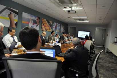 Costa Rica estrecha relaciones comerciales con México