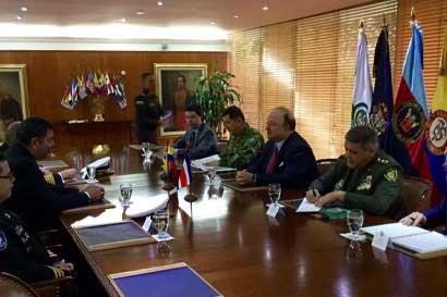 Costa Rica y Colombia fortalecen mecanismos contra crimen organizado