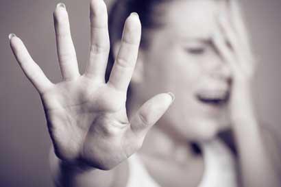 Diputados en Rusia aprueban ley de despenalización de violencias domésticas