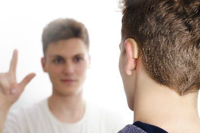 Autoridades advierten sobre nuevo timo para estafar personas sordomudas