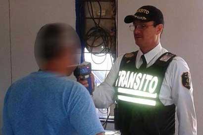 Negarse a realizar prueba de alcohol tendría multa de ¢306 mil