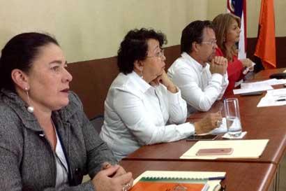 Caja aprobó diez plazas para fortalecer servicios en zona de Los Santos
