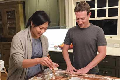 """Zuckerberg: """"Somos una nación de inmigrantes y debemos estar orgullosos de eso"""""""