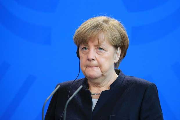 Merkel condena el veto de EE.UU. contra ciudadanos musulmanes