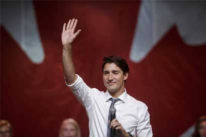 Canadá ofrecerá residencia temporal a inmigrantes varados