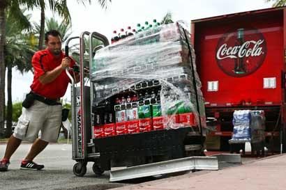Coca-Cola manifiesta su oposición a veto migratorio de Trump
