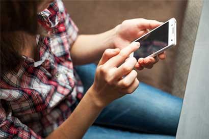 Defensoría pide explicaciones a Sutel sobre política de Internet móvil pospago