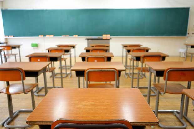 Centros educativos privados reducen morosidad con la Caja