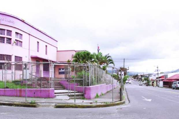 Vía en cercanías de Escuela Ricardo Jiménez tendrá cambios