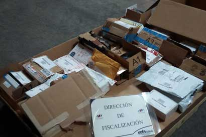 Aduanas retiene mercancía valorada en $120 mil por impago de impuestos
