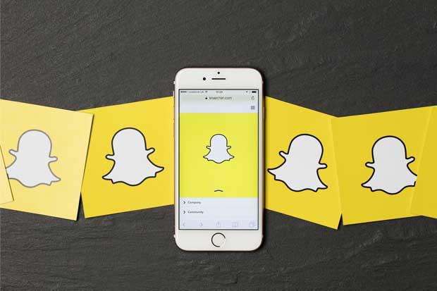 Pérdida de usuarios de Snapchat atrae comparaciones con Twitter