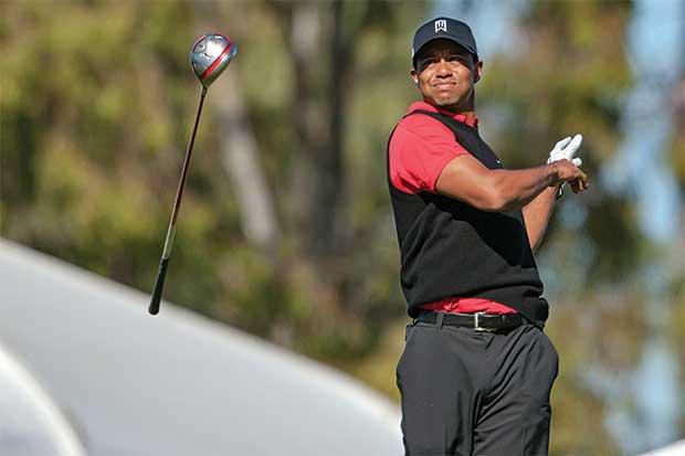 Tiger Woods recae de su lesión