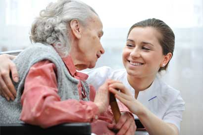 Hospital Geriátrico inicia hoy Escuela de Oro