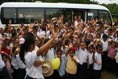 Riteve lanzó campaña sobre seguridad de los niños en busetas escolares