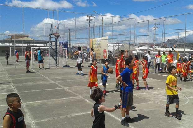 Universidad Hispanoamericana asesorará a atletas de Juegos Nacionales