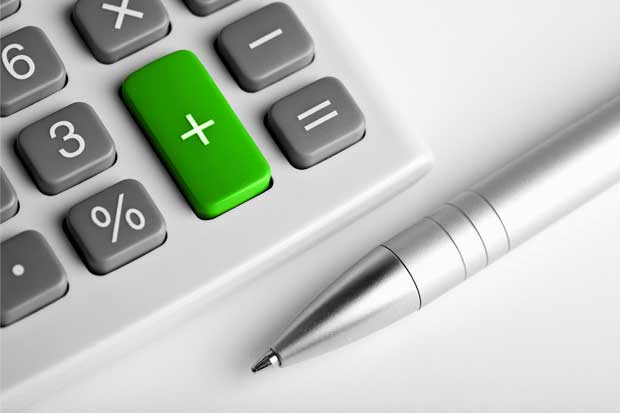 Hacienda urge reforma tributaria para frenar déficit