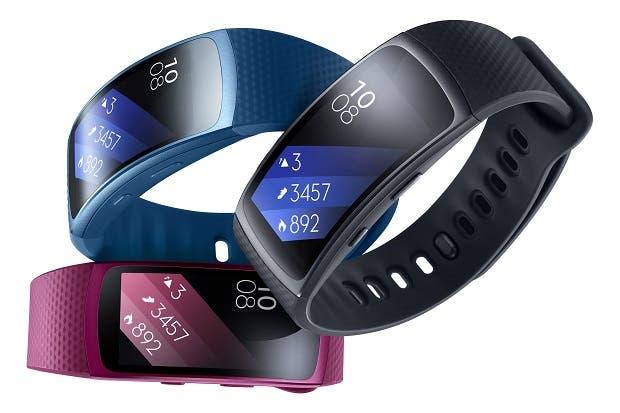 Samsung destaca entrenador portátil y audífonos inteligentes para el verano