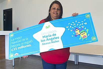 Movistar entregó premio mayor de promoción de Navidad