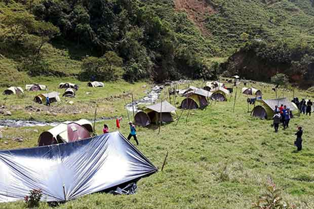 Carteles ocupan pueblos colombianos donde estaban las FARC