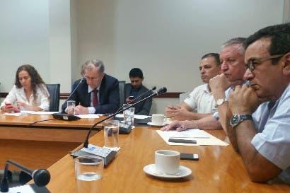 Arroceros piden frenar importación del grano