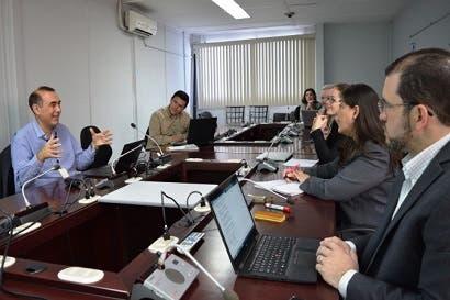 País evaluó programas de apoyo a ciencia y tecnología para hacer crecer sector productivo