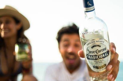 Tequila Cuervo triunfa en la bolsa pese a tensiones con EEUU