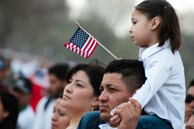 Estadounidenses que renuncian a ciudadanía alcanza cifra récord