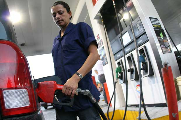 Recope propuso rebaja de hasta ¢25 en precios de combustible