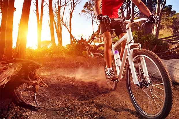 Ciclismo une montaña y playa