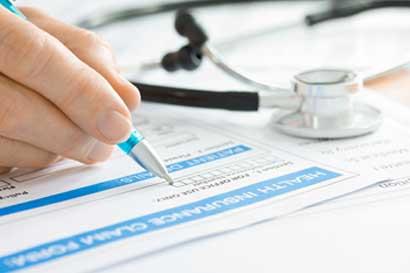 INS ofrece puestos de empleo en el área de salud