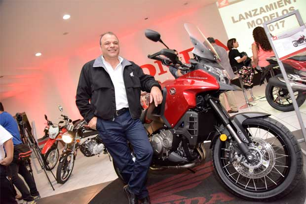 Honda presenta sus modelos de motos para 2017