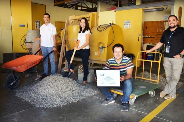Estudiantes del TEC ganaron segundo lugar en competencia internacional sobre mortero