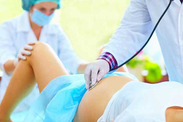 Caja anunciará cambios en atención de parto