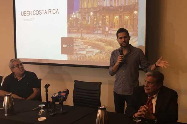 Uber pide dialogar sobre movilidad urbana