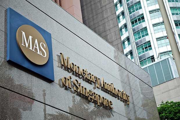 Singapur permitirá compras de firmas financieras por extranjeros
