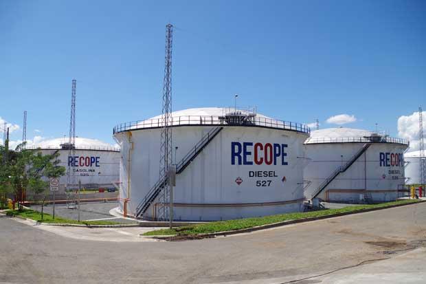 Consumo de combustibles creció un 7,9% el año anterior, según Recope