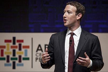 Fundador de Facebook aboga por una sociedad más global