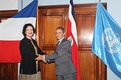 Francia y Unesco firmaron acuerdo para la región