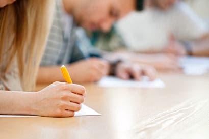 Defensoría pide ejecución de pruebas teóricas para licencias a estudiantes de décimo en adelante